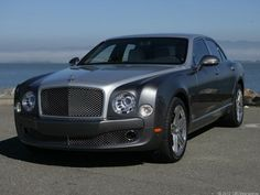 Bentley Mulsanne defines higher plane of luxury, includes modern tech Bentley Continental Gt, Bentley Arnage, Bentley Mulsanne, Modern Tech, New Sports Cars, Car Photos, Hot Cars, Exotic Cars, Luxury Branding