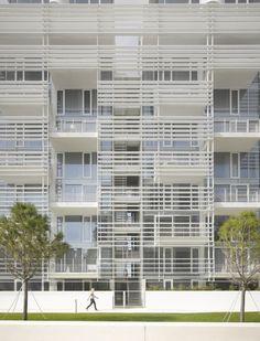 Architects: Richard Meier & Partners Architects Location: Jesolo, Italy Design Principals: Richard Meier, Bernhard Karpf Project Architect: Stefan Scheiber-Loeis Year: 2013 Photographs: Roland Halbe