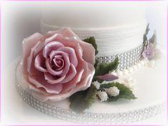 Big Rose ( MidWinter Wedding Cake)