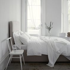 200tc Egyptian Cotton Bed Linen - Soft Grey | The White Company