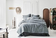 Abbotson Luxe Linen Bed Covers and Sheets