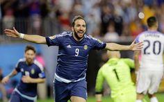 Scarica sfondi Gonzalo Higuaín, Calcio, Argentina, avanti, Argentino, giocatore di calcio a