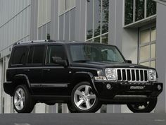 Jeep Commander Just like mine I just need to replace my rims and find out what lights they are using.