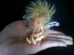 Bebé Hazel Miniatura