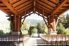 Fall Wedding| Event Planning & Design, Spread Love Events, Florals by Celsia Florist. Photography by Gucio Photography. Nita Lake Lodge, Whistler.