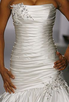 Pnina Tornai mermaid dress from 2007 collection I'm looking for a replica - Weddingbee-Boards Wedding Dresses Photos, White Wedding Dresses, Wedding Dress Styles, Bridesmaid Dresses, Bridal Gowns, Wedding Gowns, Wedding Reception, Pnina Tornai Dresses, Beautiful Dresses
