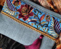 Ethnic Clutch womens bag boho bag bohemian by Clutch womens bag boho bag bohemian Couture Cuir, Diy Pochette, Jute Fabric, Floral Clutches, Blue Handbags, Handmade Bags, Vintage Embroidery, Clutch Purse, Leather Clutch