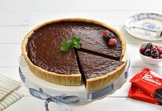 Tarta cu ciocolata / Tarte au chocolat (CC Eng Sub) Sweets Recipes, Desserts, Cake Videos, Something Sweet, Sweet Treats, Cheesecake, Food And Drink, Pudding, Cooking