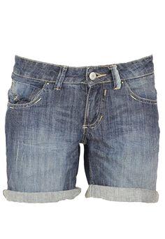 Pantaloni scurti Pull and Bear Adrianne Dark Blue - doar 34,90 lei. Cumpara acum!