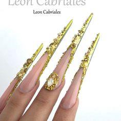 Stiletto moderno & Antartyc pigments collection oh my gold   #nails #nail3d #nailss #nailpolish #nailswag #naildesign #nailstagram #nailsofinstagram #nails2inspire #nailedit #nailsoftheday #nailsuk #nailaddict #nailsdid #nailartclub #naildesigns #nailswag #nailtech #nailpro #nailpretty #MSnails #маникюр #гельлак #ногти #дизайнногтей #nails #дизайнногтей #блестки