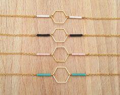 bracelet fin geometrique hexagone