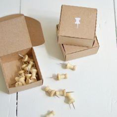 Push pins box by HELLO PAPER