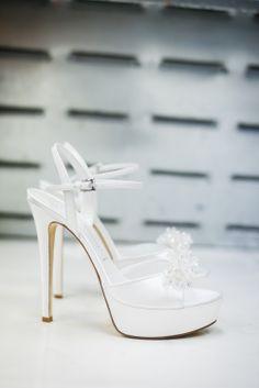 charm & chic #luxury #shoes #wedding #bridal @Elizabeth Albaigés Marzetti www.masciamandolesi.com #BRIDALshoes #weddingshoes #love #whiteshoes #white #ivory #cerimony for #masciamandolesi #heels #emotions #WeddingDay #luxury #couture #madeinitaly
