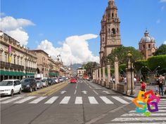 MICHOACÁN MÁGICO. ¿Sabía que la ciudad de Morelia es reconocida como Patrimonio Mundial de la Humanidad por la UNESCO? Por sus cientos de monumentos históricos construidos en cantera rosa, a partir del 12 de diciembre de 1991, la UNESCO escribió a esta ciudad en una lista de más de 200 ciudades con este título. La precisión en el trazo de sus calles y avenidas, el estilo barroco de sus construcciones le dan a esta ciudad ese título a nivel mundial. http://www.villamontaña.com.mx