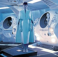 Juan Gatti - Photos - VOGUE SPAIN - Una odisea espacial | Michele Filomeno