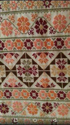 Palestinian Embroidery, Hungarian Embroidery, Embroidery Sampler, Diy Embroidery, Cross Stitch Embroidery, Embroidery Patterns, Cross Stitch Art, Cross Stitch Borders, Cross Stitch Flowers