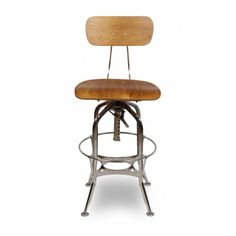 Looking for a new vintage Toledo style stool in Gunmetal with Oak seat? Click Cult Furniture for best prices, colour variations and fast delivery. Café Vintage, Vintage Stool, Style Vintage, Dining Room Table Chairs, Shabby Chic Table And Chairs, Bar Chairs, Restaurant Bar Stools, Beach Lounge Chair, Seat Toledo