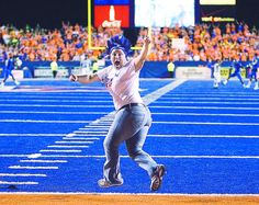 """Contrary to popular legend, ducks don't crash into the Bronco Stadium field, mistaking the turf for water. But at the 2009 game against the Oregon Ducks, Bronco fans wore T-shirts proclaiming, """"The myth is true ... Ducks really do crash on the Blue."""" Boise State beat Oregon 19-8.     Read more here: http://www.idahostatesman.com/2013/04/23/2547621/blue-turf.html#storylink=cpy"""