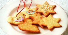 Vaaleat pipari enkelikoristeilla Gingerbread Cookies, Christmas Cookies, Desserts, Food, Tailgate Desserts, Ginger Cookies, Deserts, Christmas Crack, Christmas Biscuits