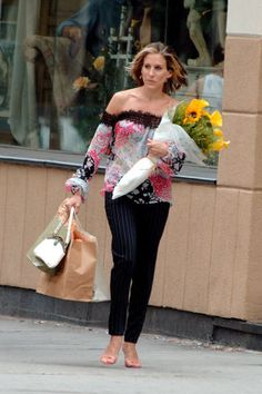 50 of Carrie Bradshaw's best outfits of all time to inspire you to have fun with fashion: