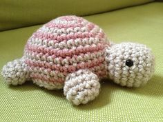 You may choose any 2 colors that you like to make this turtle. I used some left over Vanna's Choice yarns to make this turtle. Vanna's