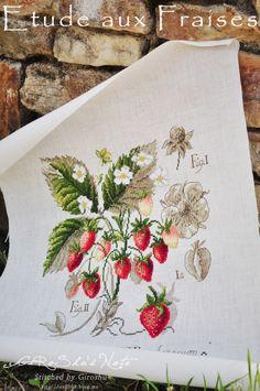 Etude aux Fraises / Les Brodeuses Parisiennes Designed by Veronique Enginger Stitch Count / 154W * 154H Fabric / 32ct Belfast Linen Antique White (Zweigart) Thread / DMC