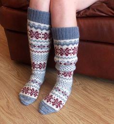 Sexy Socks, Wool Socks, Knee Socks, Mittens, Pattern, Fashion, Socks, Sexy Stockings, Fingerless Mitts