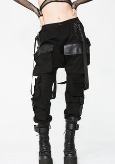 Club Exx Commander Smoke Unisexx Cargo Pants cuz you bring the smoke babe! Lead the charge in these dope cargo pants that have eight vegan leather pockets details, sikk detachable suspender straps, elasticized ankles N' a hidden zip closure. Moda Cyberpunk, Cyberpunk Fashion, Cyberpunk Aesthetic, Cyberpunk Girl, Cyberpunk Character, Cyberpunk 2077, Edgy Outfits, Fashion Outfits, Fashion Pants