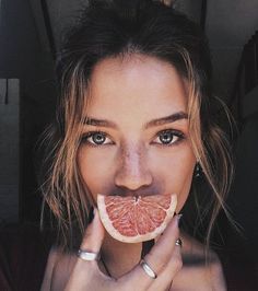 29 Best Ideas For Fashion Model Photography Inspiration Portraits Foto Portrait, Portrait Photography, Fashion Photography, Photography Ideas, Editorial Photography, Vsco Photography Inspiration, Hippie Photography, Fruit Photography, People Photography