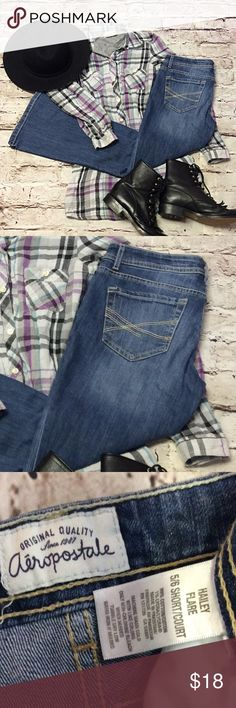"""5/6 SHORT AEROPOSTALE HAILEY FLARE JEANS Gently used jeans in a medium wash and flare legs. Lying flat Waist 15"""" Inseam 29"""" Aeropostale Jeans Flare & Wide Leg"""