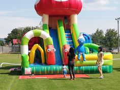Bounce houses for kids with popular themes and with original shapes. Jumping castles with slide. Inflatable Bounce House, Inflatable Slide, Logo Shapes, 3d Shapes, Bounce Houses, Bouncy Castle, Indoor Playground, Design Your Own, Castles