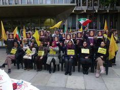 Hunger strike outside US Embassy in London   12/09/2013