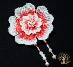 """Coral debut"" flower by Anna Zamulenko. Brick stitch, with free  diagrams (in Russian)"