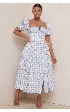 Curvy Girl Outfits, Girls Summer Outfits, Cute Casual Outfits, Plus Size Outfits, Summer Dresses, Floral Midi Dress, Casual Midi Dress, Midi Dress Outfit, Cute Dresses