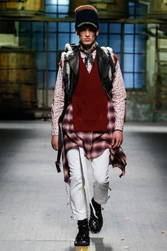 Dean and Dan Caten unveiled their Fall/Winter 2017 collection for Dsquared2, during Milan Fashion Week.