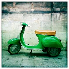 Italy in Paris Carla Coulson #lifeinstyle #greenwithenvy