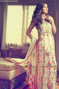 #sabaqamar  #actress Like :  www.unomatch.com/sabaqamar