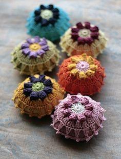 Pin this: Handmade Pin Cushions from Namolio