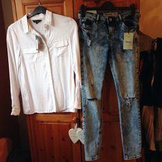 classic white shirt and ripped skinnies 👌 Classic White Shirt, Ss 15, Style Inspiration, Skinny, Pants, Shirts, Fashion, Moda, Trousers
