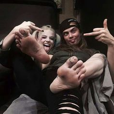 Margot Robbie & Cara D