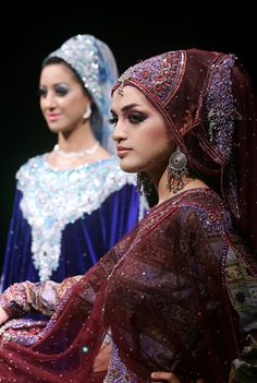 Oman has managed to preserve much of its original culture, including the differing and colourful varaiations of regional dresses for women. ...