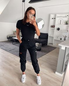 65 casual and cute summer outfits that inspire you Teenager Outfits casual Cute inspire Outfits summer Cute Comfy Outfits, Lazy Outfits, Mode Outfits, Casual Summer Outfits, Outfits For Teens, Trendy Outfits, Girl Outfits, Fashion Outfits, Fashion Ideas
