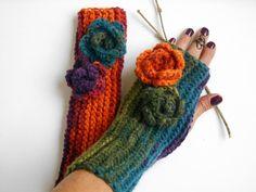 #armwarmer #handwarmer #knitfingerless #coloredgloves #winteraccessories #knitmittens #fingerlessmittens #etsyhandmade #etsyknitted