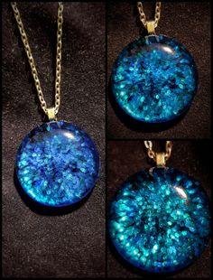 #sparkle #glitter #bellandmalluart #handmade #crafts #gift #giftideas #pendant #iridicent #christmas Clay Art, Handmade Crafts, Turquoise Necklace, Sparkle, Pendants, Glitter, Pendant Necklace, Christmas, Gifts