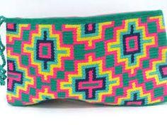 Crochet How to crochet doily Part 1 Crochet doily rug tutorial - Crochet Winter Crochet Doily Rug, Tapestry Crochet, Crochet Squares, Love Crochet, Knit Crochet, Crochet Patterns, Crochet Clutch Bags, Crotchet Bags, Knitted Bags