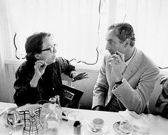 Michelangelo Antonioni y Marguerite Duras Michelangelo Antonioni, Italian Neorealism, Marguerite Duras, Life Moves Pretty Fast, Theatre Plays, The Old Days, Old Movies, Classic Movies, Film Movie