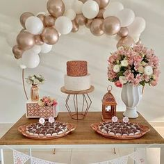 Simple Birthday Decorations, Bridal Shower Decorations, Wedding Decorations, 30th Birthday Parties, 20th Birthday, Girl Decor, Gold Party, Party Fiesta, Gold Baby Showers