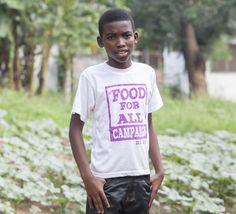 De dertienjarige Andrew uit Ghana heeft zijn eigen moestuinproject.