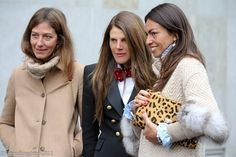 I need your leopard clutch, Viviana!