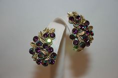 VINTAGE ANTIQUE SILVER TONE TEXTURED LEAVES W/ PURPLE AB CRYSTAL CLIP EARRINGS